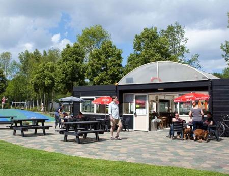 Camping DroomPark Spaarnwoude | stacaravan, tent huren Golfbaan Spaarnwoude